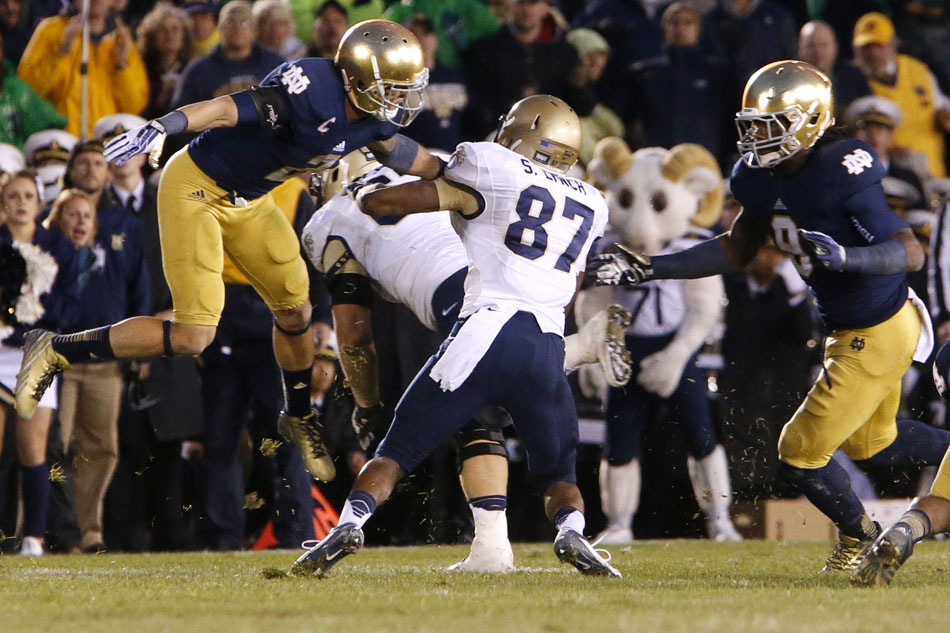 score notre dame game when is the first football game