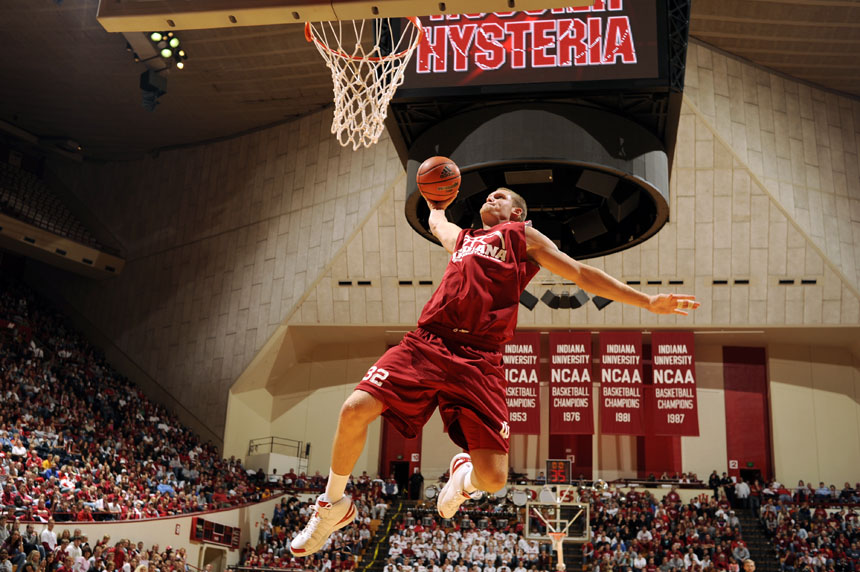 Indiana forward Derek Elston prepares to slam dunk the ball during a Hoosier Hysteria dunk contest on Friday, Oct. 16, 2009, at Assembly Hall in Bloomington, Ind. Teammate Steven Gambles won the contest.