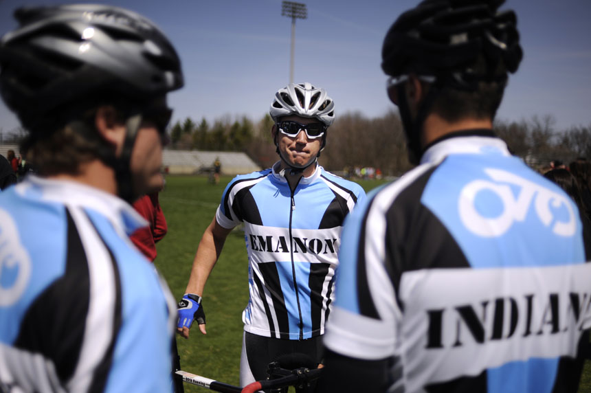 Emanon rider Alex Ray waits to take the track during Little 500 Qualifications on Saturday, March 27, 2010, at Bill Armstrong Stadium.