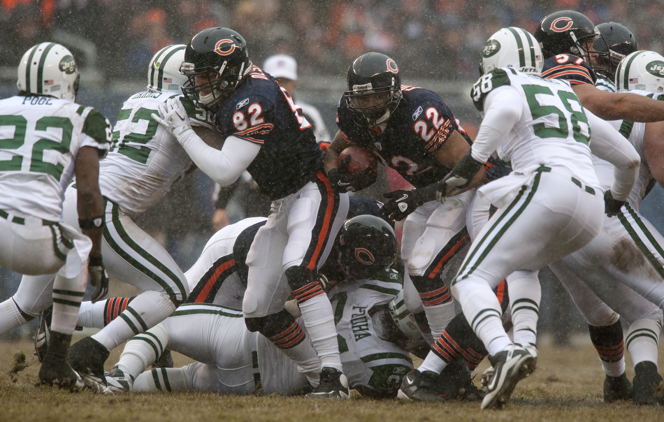 Chicago Bears running back Matt Forte (22) rushes the ball during a game on Sunday, Dec. 26, 2010, in Chicago. Chicago won 38-34.