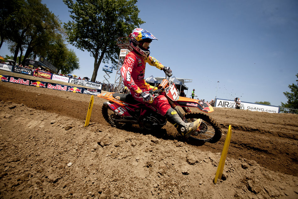 Ryan Dungey races in the 450 motocross at the Red Bull Redbud National on Saturday, July 7, 2012, in Buchanan, Mich. Dungey dominated the race and won. (James Brosher/South Bend Tribune)