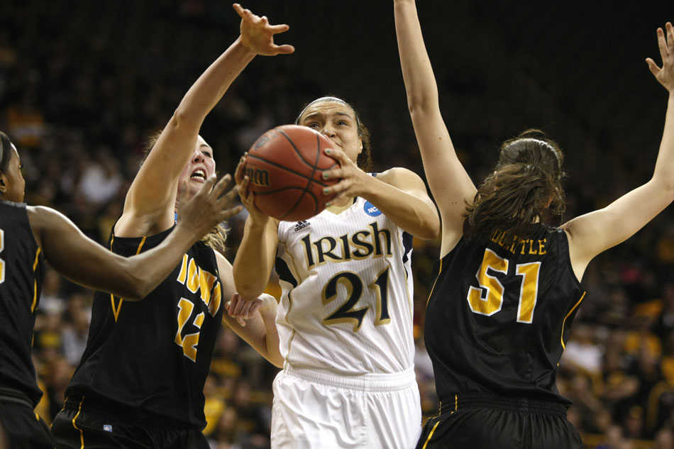 Notre Dame Women Advance To Basketball Sweet 16: Notre Dame Women Roll Iowa, Advance To Sweet Sixteen