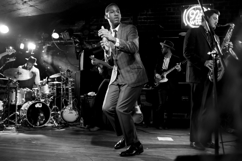 Leon Bridges performs on Sunday, Dec. 6, 2015, at The Bluebird Nightclub in Bloomington, Indiana. (Photo by James Brosher)