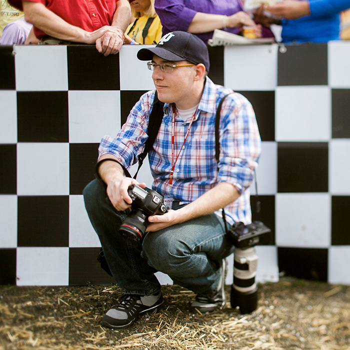 James photographing the 2015 Little 500 at Indiana University. (Photo by Eric Rudd)