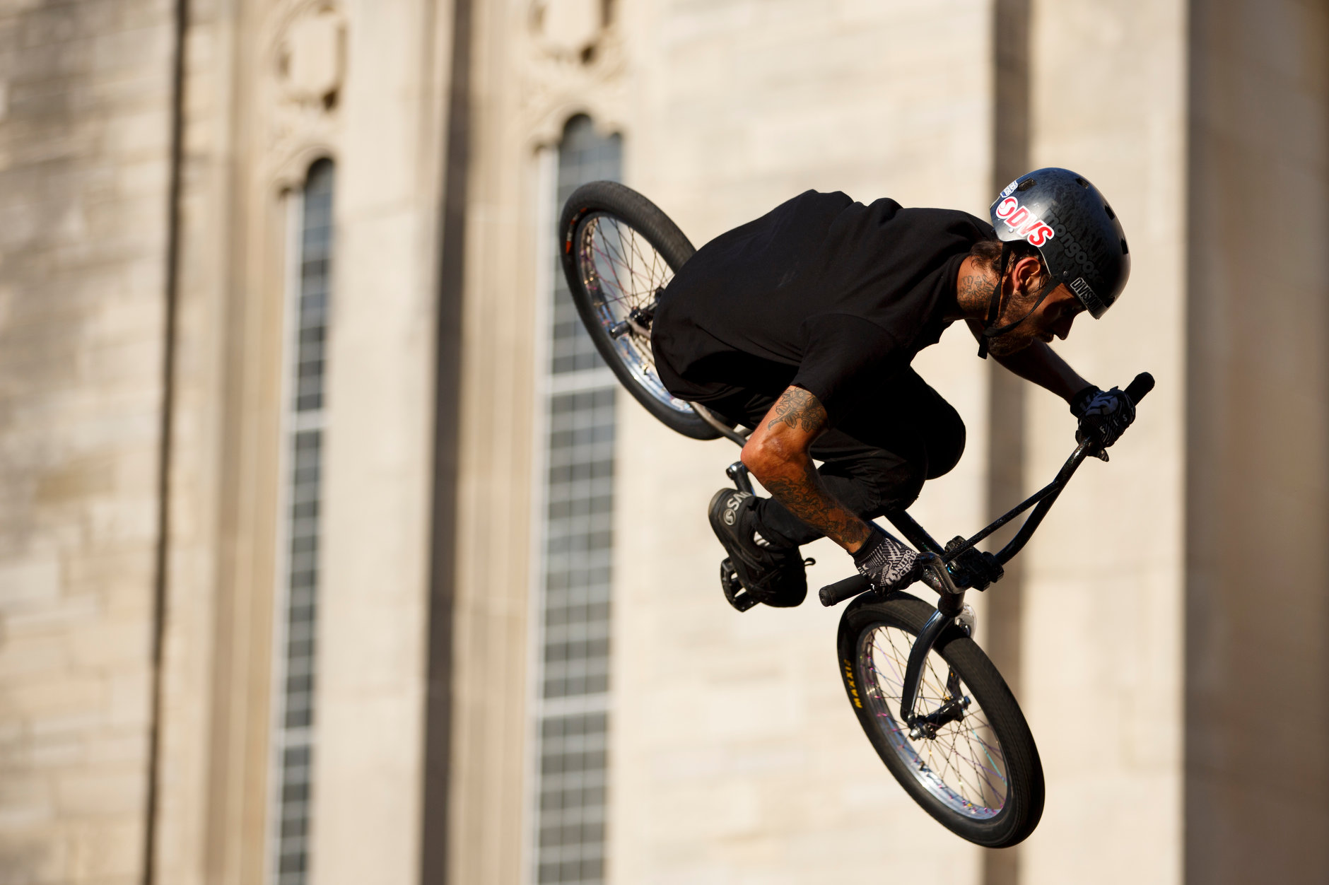 Dallas Weimer performs with the Division BMX Stunt Team performs during Bikes and Burgers at IU Bloomington on Monday, Aug. 19, 2019. (James Brosher/Indiana University)