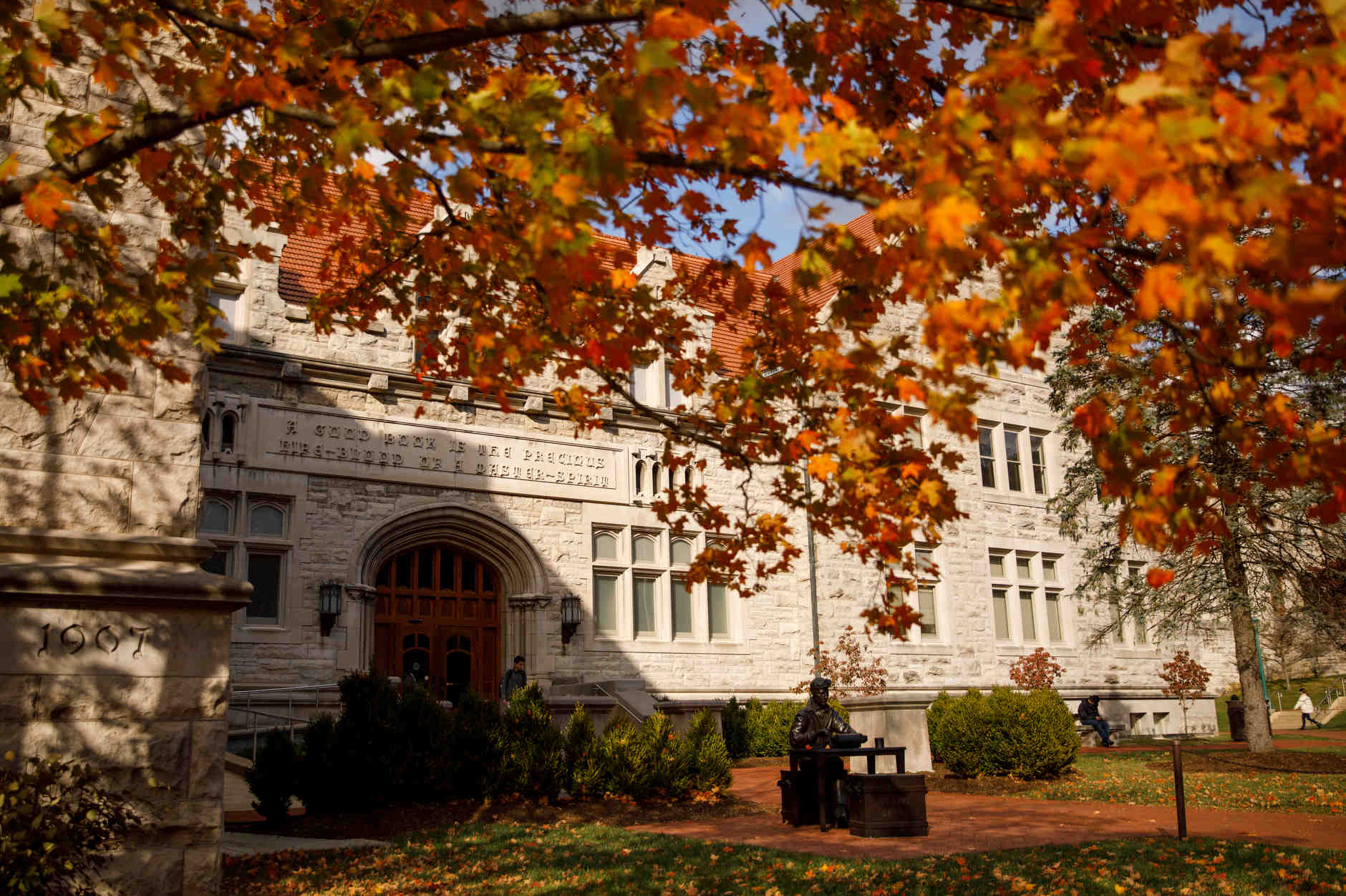 Franklin Hall is pictured on a fall day at IU Bloomington on Tuesday, Oct. 22, 2019. (James Brosher/Indiana University)