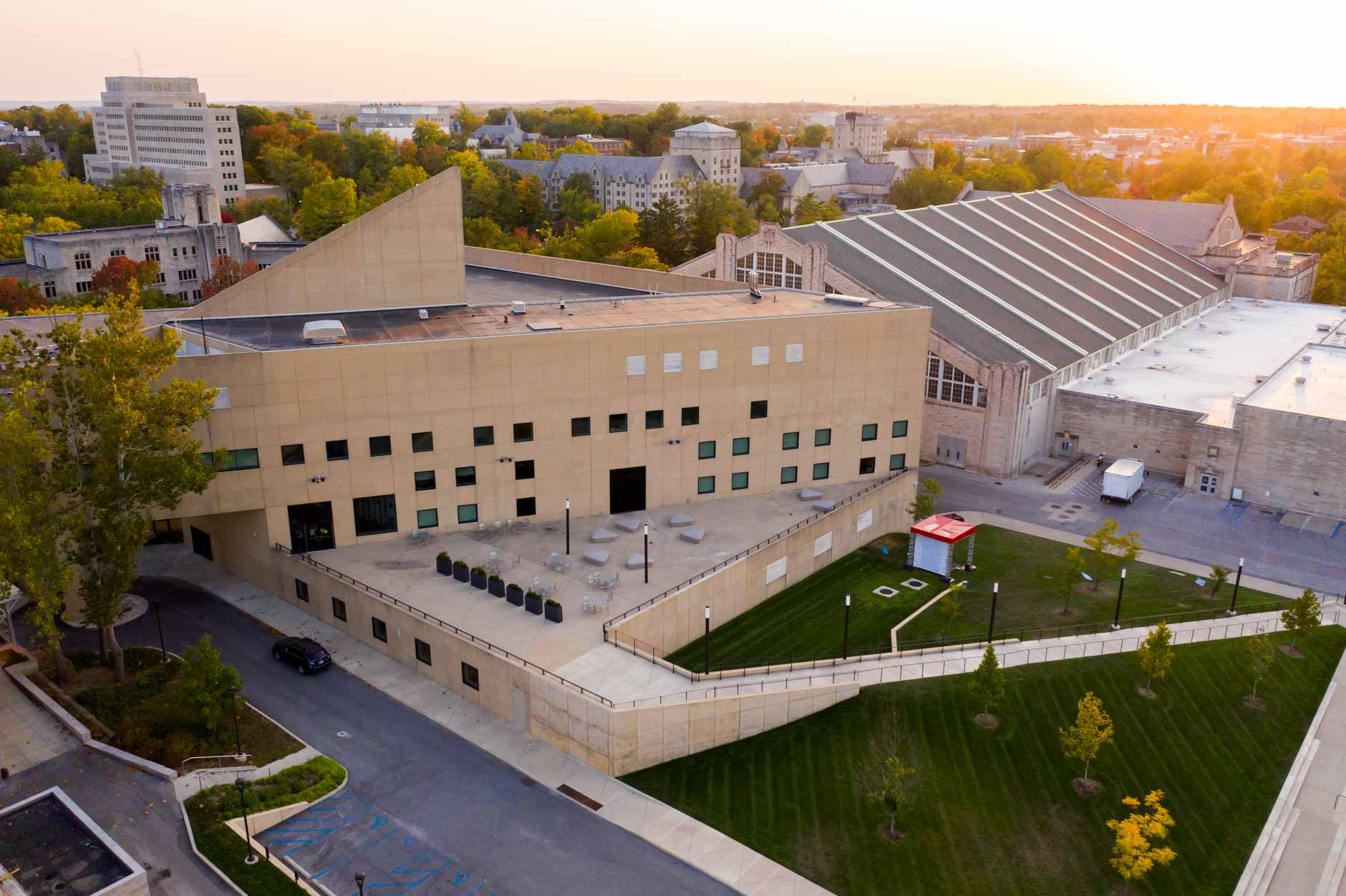 The Eskenazi Museum of Art at Indiana University is pictured from the air on Tuesday, Oct. 6, 2020. Opened in 1982, the museum recently underwent a $30 million renovation that, among other things, added a new second-floor entrance, as well as an outdoor gathering space, pictured here. (James Brosher/Indiana University)